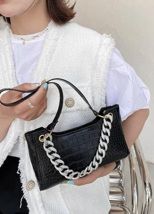 Новая женская кожана чёрная сумка багет
