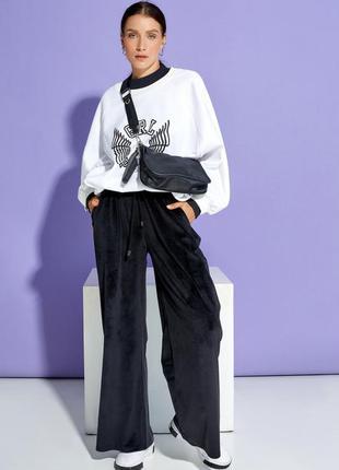 Черные широкие велюровые брюки
