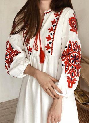 Новое белое платье вышиванка вышивка красное чёрное новая