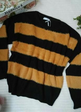 Стильные женские свитера
