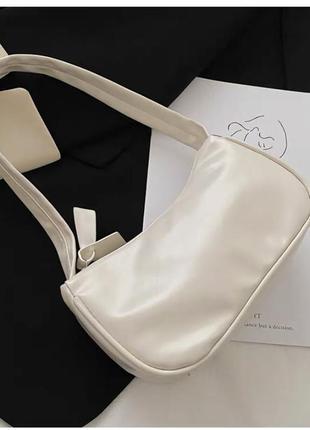 ‼️уценка‼️новая женская кожаная сумка багет в молочном цвете