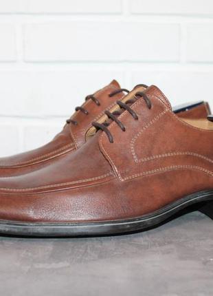 Классические кожаные туфли немецкого престижного бренда lloyd