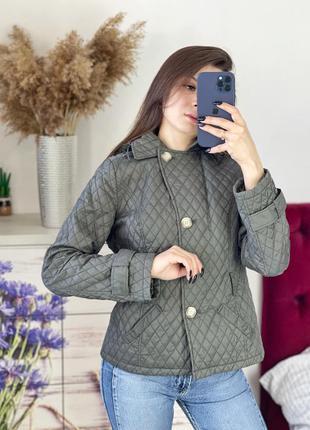Стёганная куртка с капюшоном хаки 1+1=3