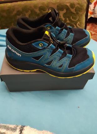 Salomon фирменниє кросовки оригинал из шотландии.