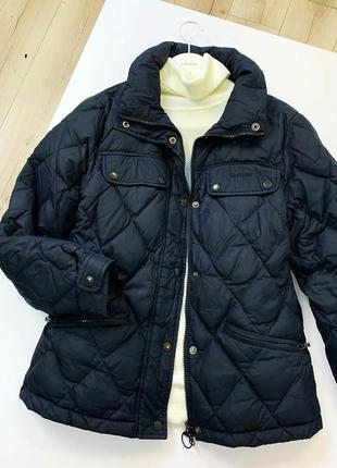 Чёрный тёплый пуховик куртка barbour