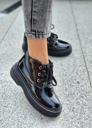 Зимние туфли кожа и лак натуральный