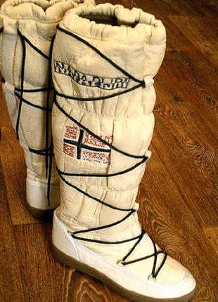 Napapijri - походная обувь разм.41 (туризм,спорт)