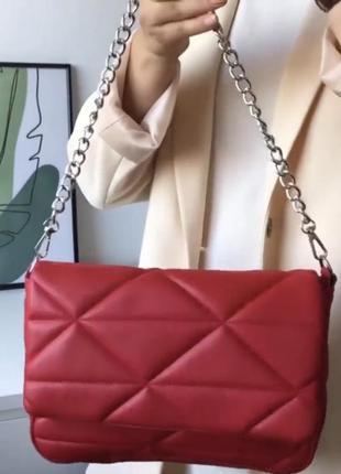 Красная женская сумка кросс боди кожзам стёганая с цепочкой и кошельком