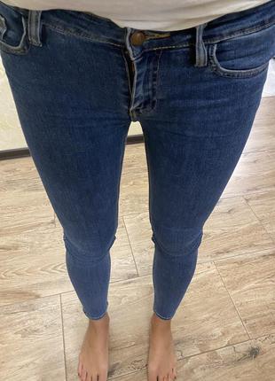 Джинсы скини mango 34-36 р/хс-с/ джинси скіні темно сині
