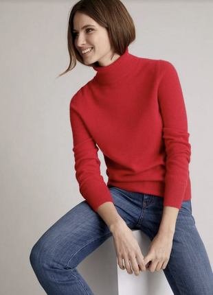 Прекрасный кашемировый свитер классического красного цвета marks & spencer