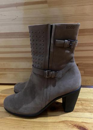 Ботинки 🥾 осенью  натуральный кожа стельки 25 см