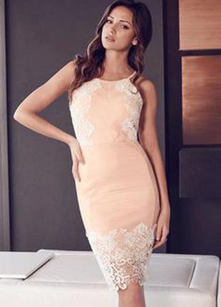 В идеале шикарное нюдовое платье с кружевом lipsy london uk 12