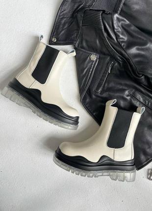 Женские демисезонные челси светлые bottega veneta boots beige clear sole (no logo)
