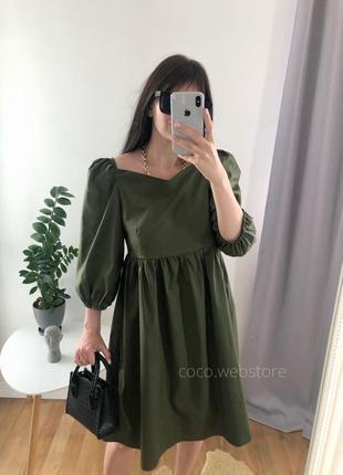 Стильное платье оверсайз свободного кроя хаки