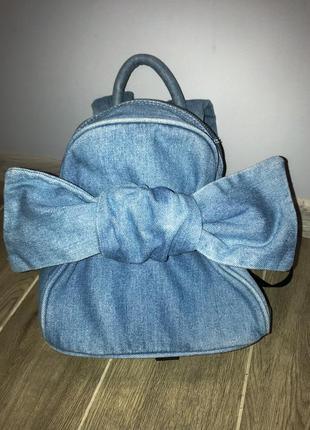 Рюкзак джинсовый от фирмы bershka