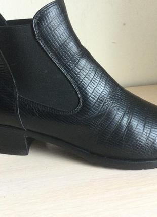 Фирменные кожаные челси известного италийского бренда viola fonti ( входит в vero cuoio)