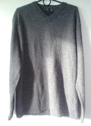 Шерстяной пушистый серый свитер  40 / l