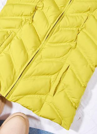 Пуховая жилетка дутая, женская жилетка, жовта жіноча жилетка тепла