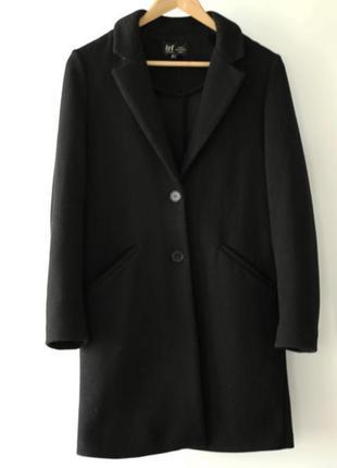 Пальто чёрное на пуговицах zara , размер s