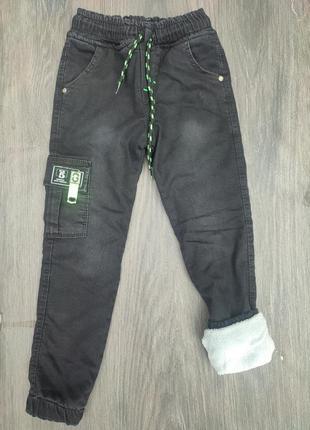 Модные  теплые штаны джоггеры на меху, для мальчика подростка