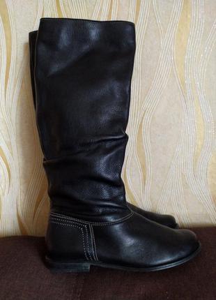 Черные кожаные сапоги clarks 37.5-38 р