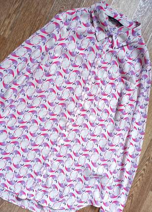 Класна блуза в 🦩розмір м л  стан ідеальний