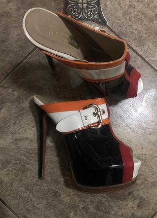 Обувь high heels