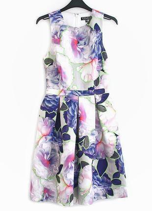 Великолепное платье warehouse • р-р  xs
