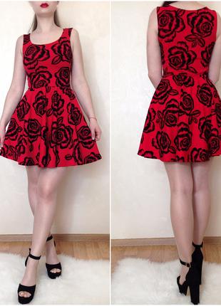 Шикарное алое/красное платье с бархатными розами от бренда evita размер s