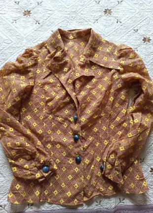 Вінтажна блузка