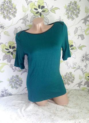 Красивая вискрзная кофточка футболка актуальный цвет