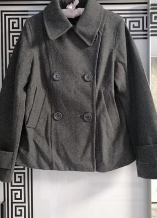 Напів пальто, піджак жекет в ідеальному стані 🧥