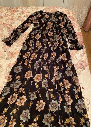 Красивое, нарядное платье в пол