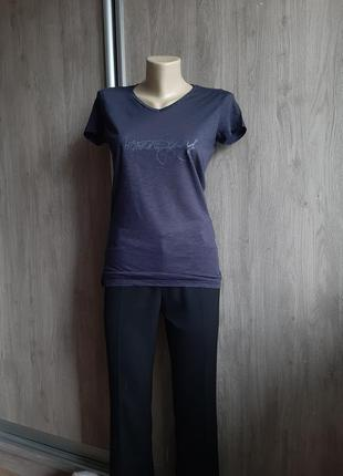 Armani jeans новая фирменная футболка
