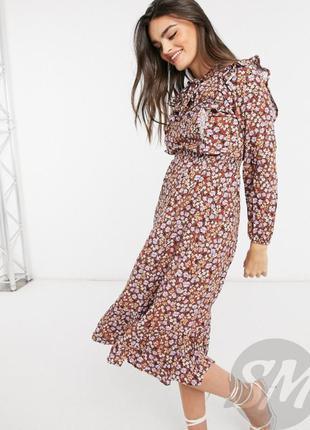 Стильное платье в цветочный принт с длинным рукавом