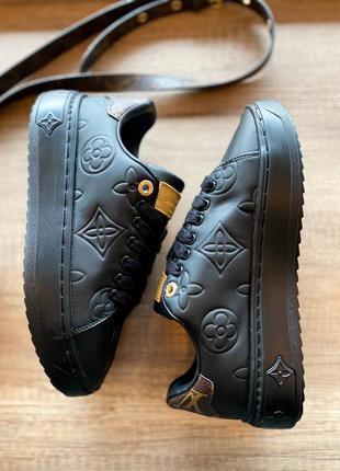 Кроссовки в стиле луи витон