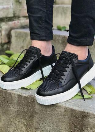 Мужские стильние кроссовки