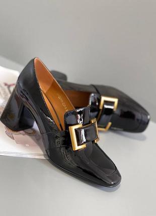 Лоферы женские на устойчивом каблуке