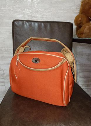 Фирменная, дорогая сумка в идеале!!!