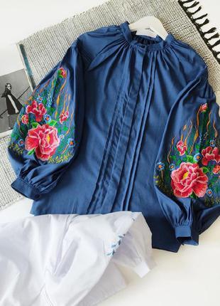 Вишиванка синя, блузка з вишивкою s