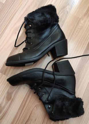 Ботинки черевики черевички