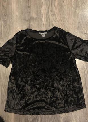 Чёрная бархатная футболка