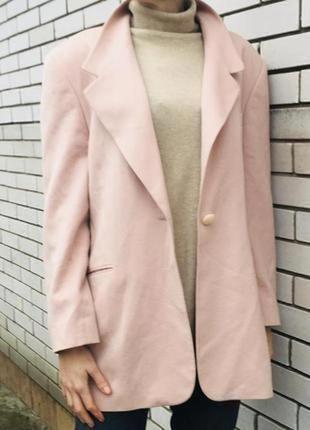 Удлиненный жакет пудрово-розового цвета шерсть и кашемир