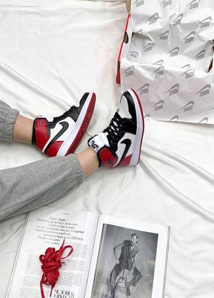 Nike air jordan retro high red/black/white