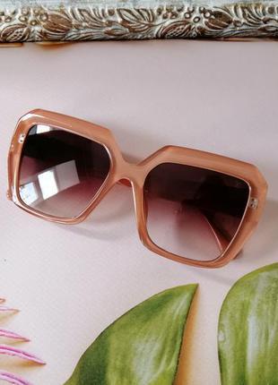 Эксклюзивные брендовые медовые солнцезащитные женские очки