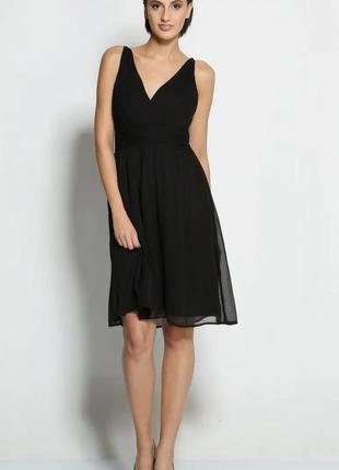 Черное короткое коктейльное платье из шифона с v образным вырезом на тонких бретелях s xs
