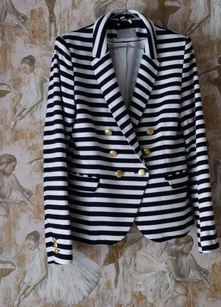 Пиджак в полосочку л-хл