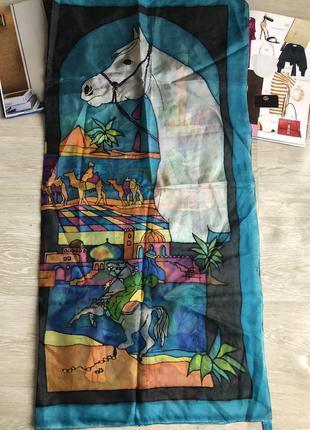 Красивый шёлковый платок