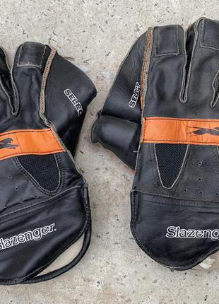 Спортивные рукавицы , перчатки
