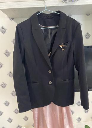 Классический чёрный пиджак блейзер как zara